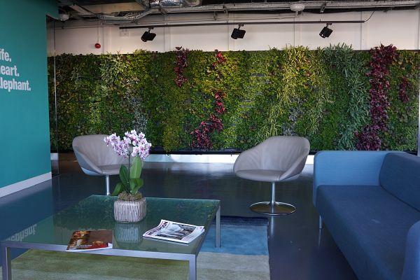 lend-lease_green_wall-3